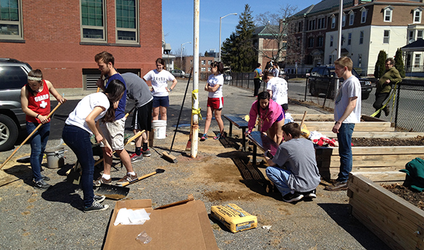 "Cross Country Teams Take Part In ""Working For Worcester"""
