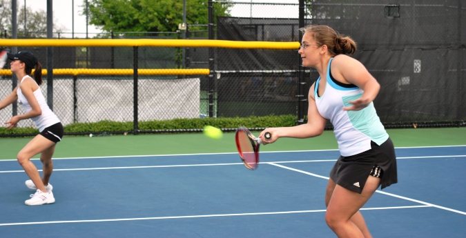 Women's Tennis Stumbles at Home
