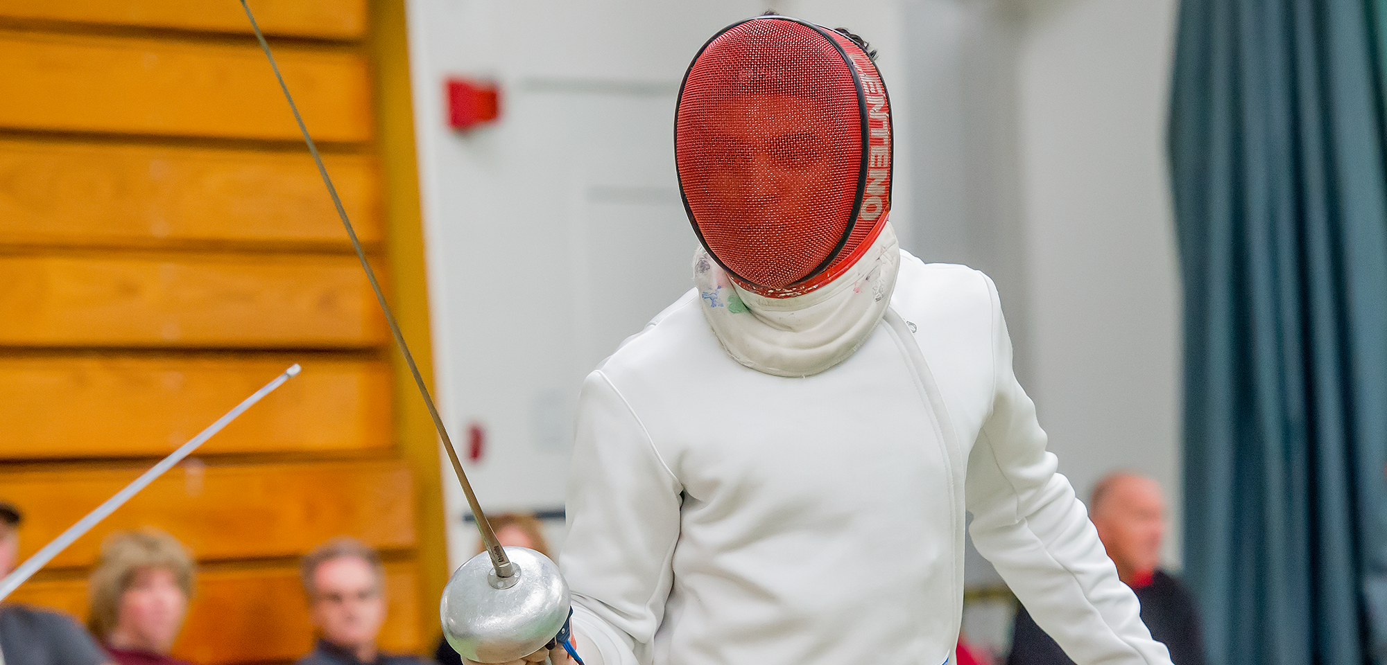 Men's Fencing Earns Win Over Vassar At Traditions Tournament