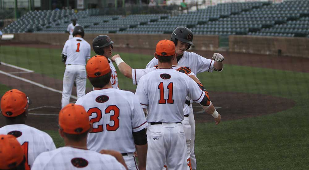 Baseball falls to Washington-St. Louis in game two of NCAA tournament