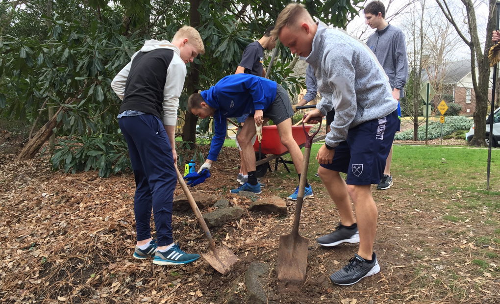 Emory Cross Country/Track & Field Partners with South Fork Conservancy