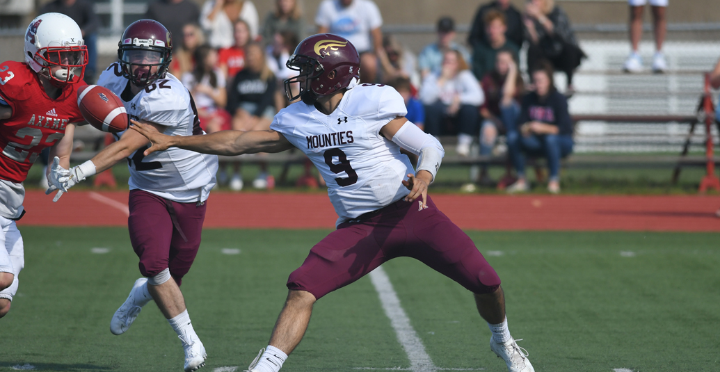 Mounties late comeback falls short against Acadia