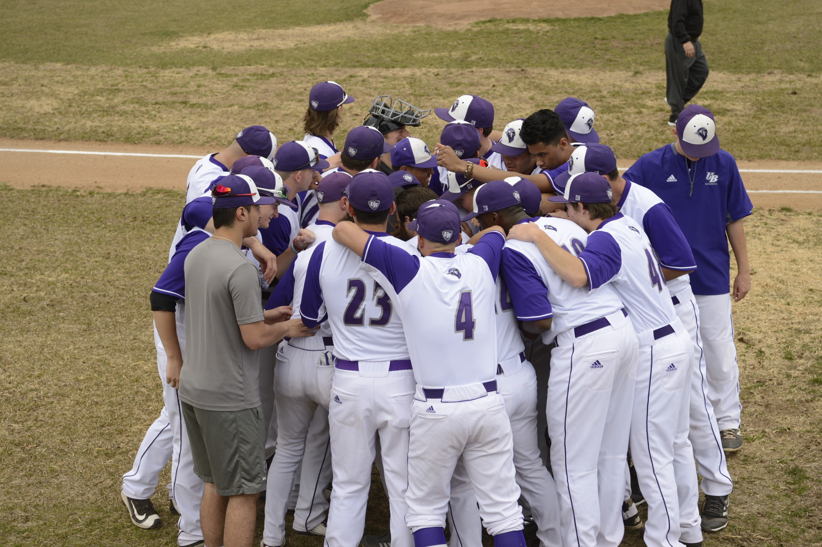 Baseball Splits Road Doubleheader With # 21 Wilmington (Del.) University