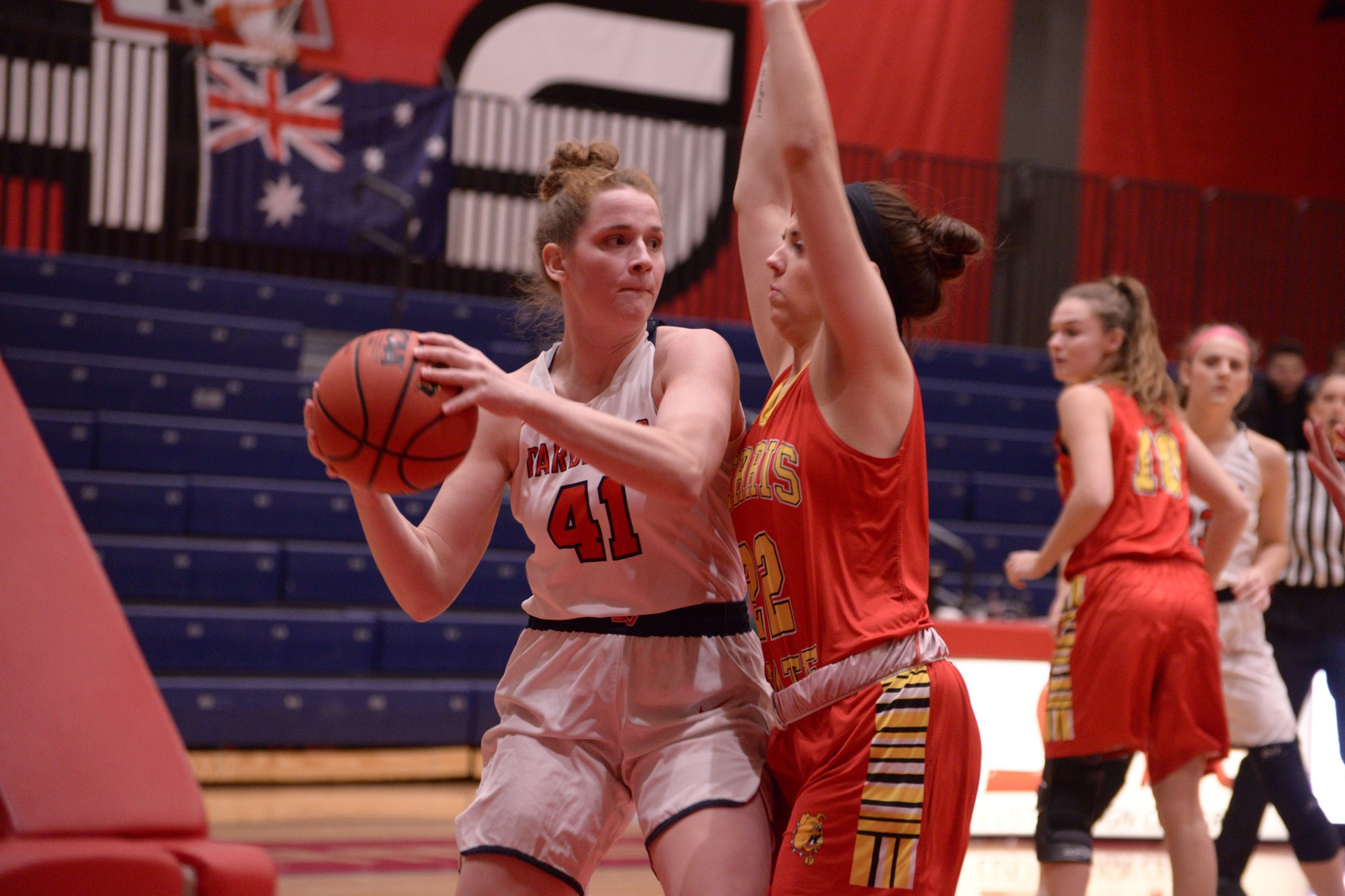 Lady Cardinals drop 60-56 contest to Bulldogs