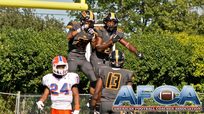 Texas Lutheran Moves to No. 23 in Latest Top 25 AFCA DIII Coaches' Poll