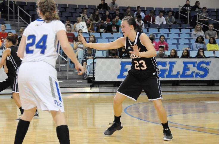 Women's Basketball: Walthall paces Panthers past Pensacola Christian 67-55