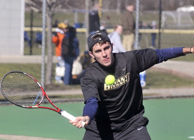 Men's tennis impressive at UConn