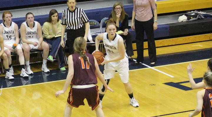 Leamer Records Double-Double as Eagles Fall to Catholic 85-65