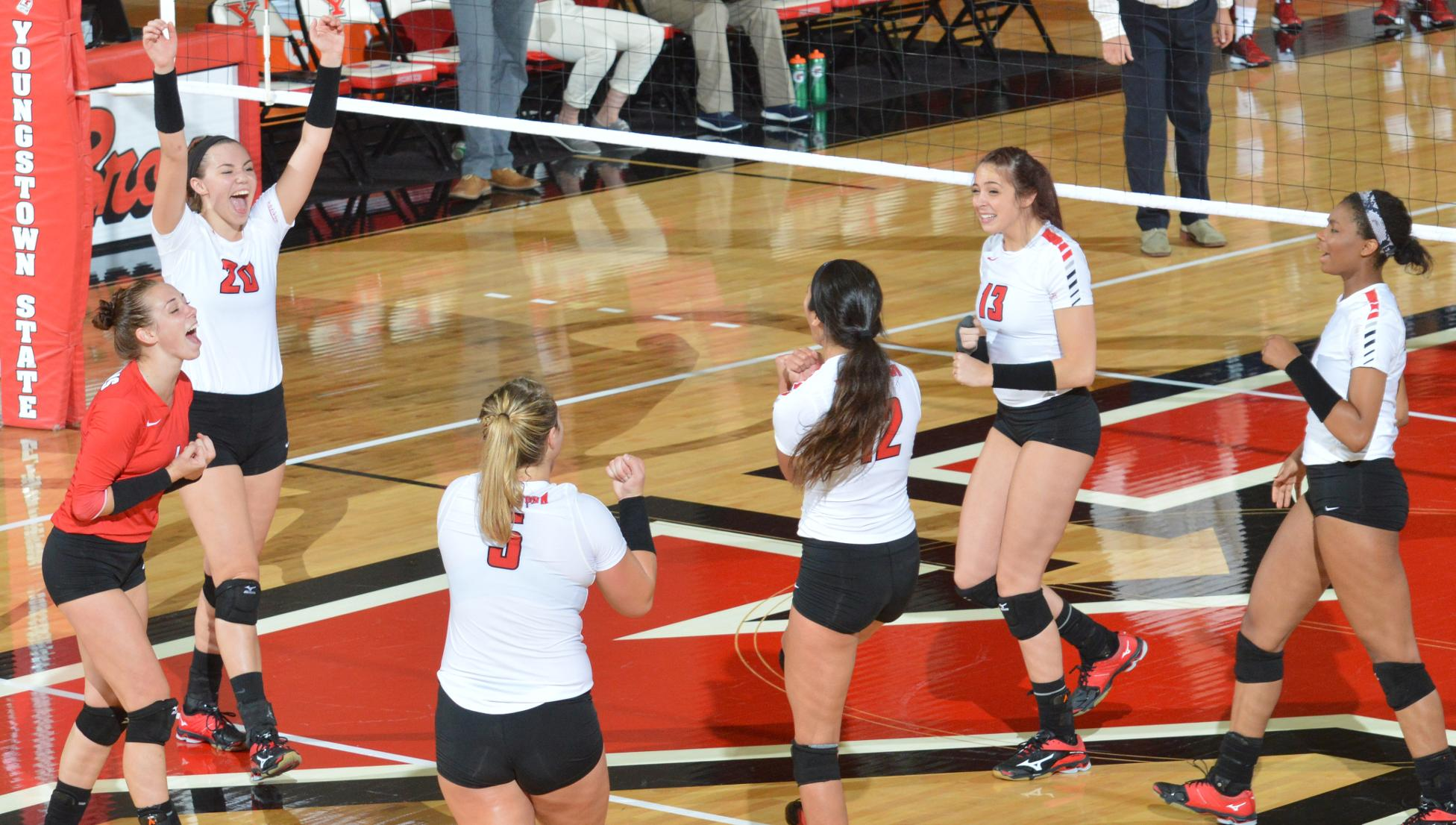 YSU Volleyball (Photo by Matt Milligan)