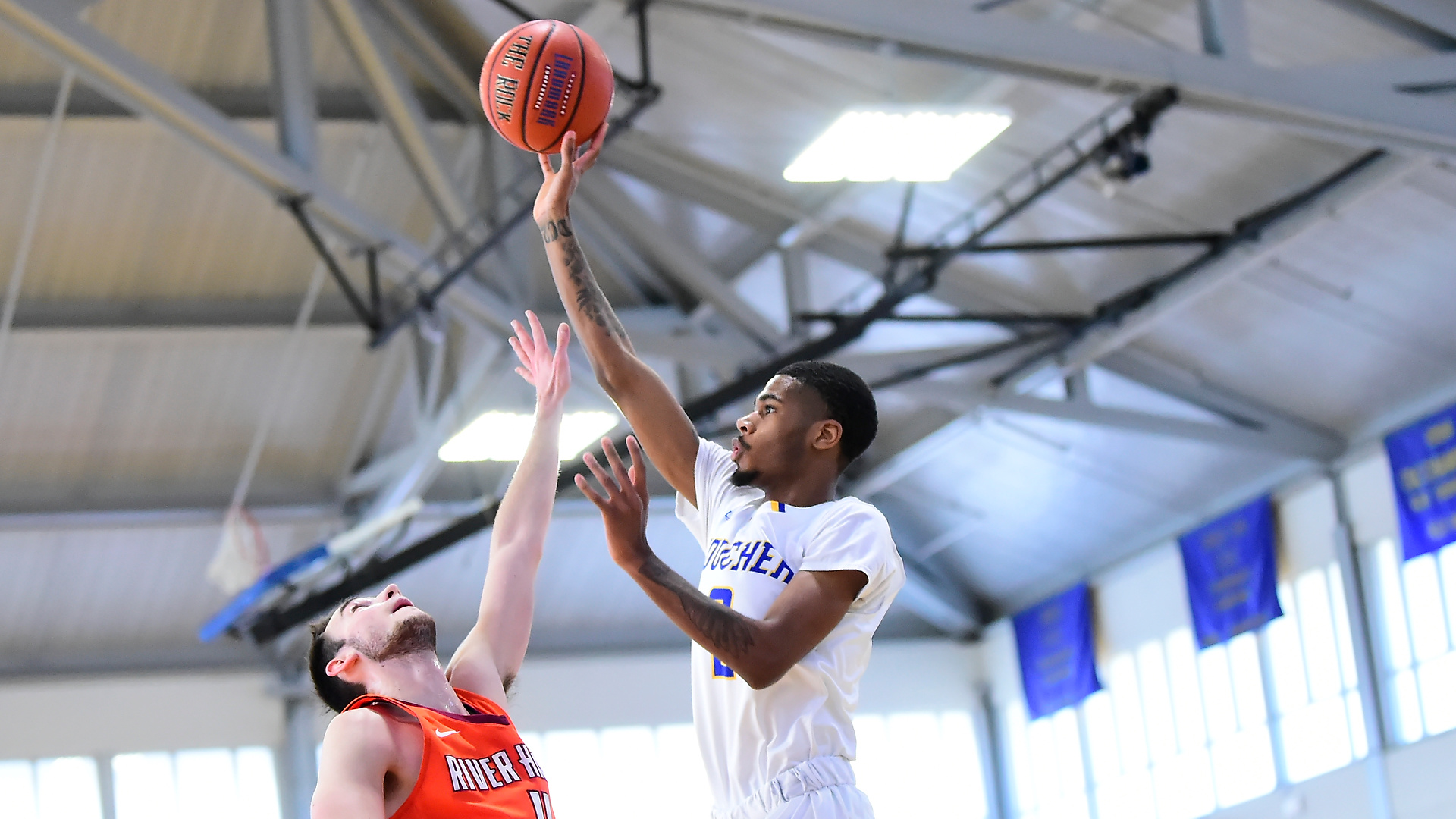 Goucher Men's Basketball Downed By Juniata, 60-52
