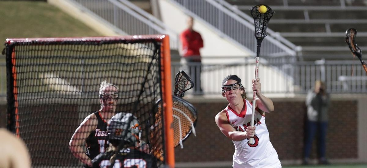 Women's Lacrosse Dominates Mountain Lions in Colorado