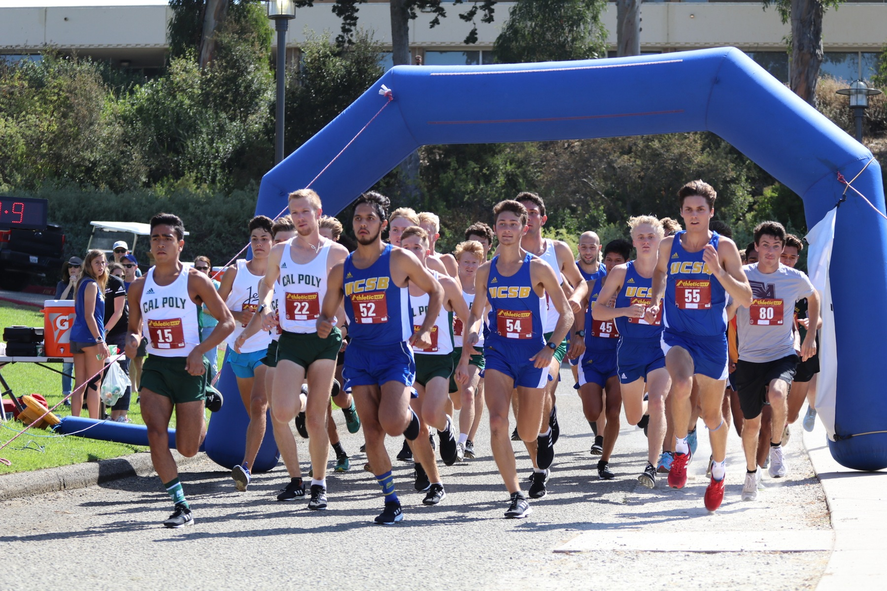 Randazzo Cruises to Victory at Lagoon; Gaucho Men Off by One Point