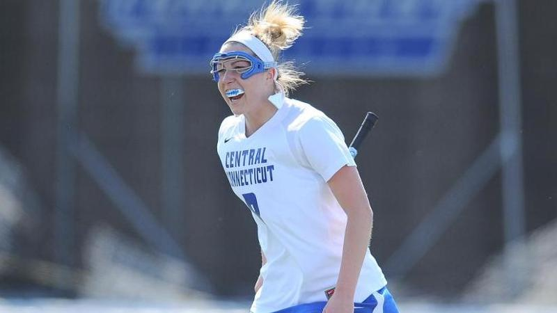 Women's Lacrosse Edges Mount 8-7 in NEC Opener