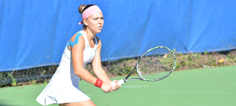 Women's Tennis Falls Against Grand Valley State, 5-2