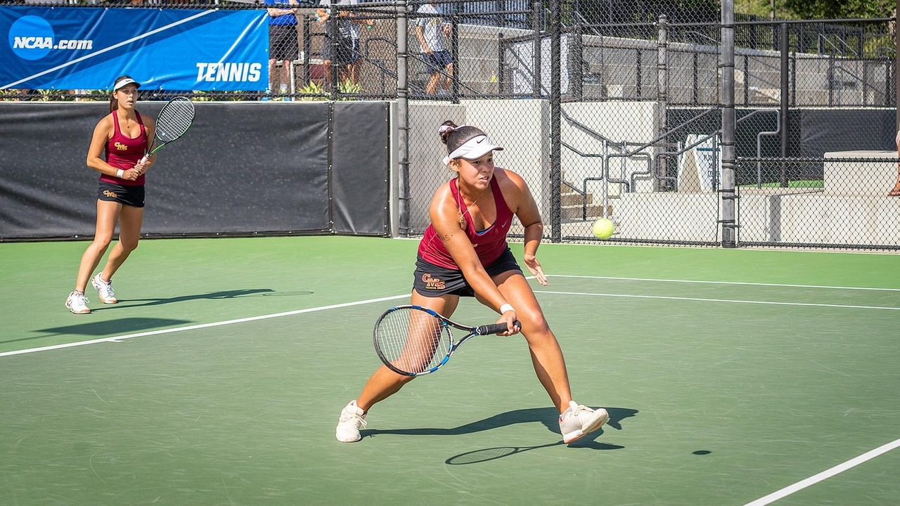 Kyla Scott in action with the CMS women's tennis team in the 2018 national championship match