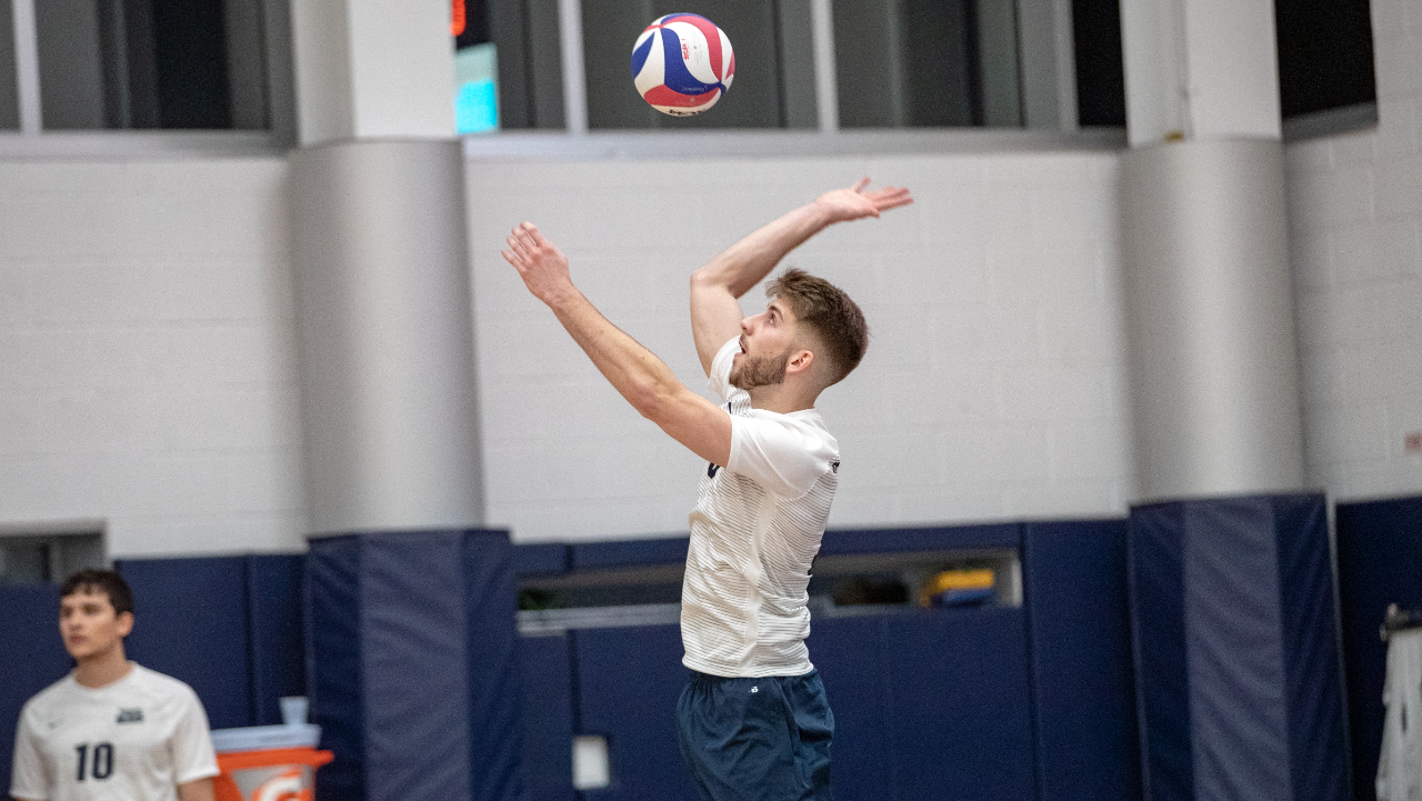 Salomons Posts Match-High 14 Kills but Men's Volleyball Falls to Saint Elizabeth