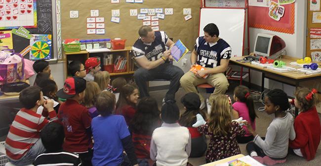 Read across america football team at spring garden elementary school moravian college for Spring garden elementary school