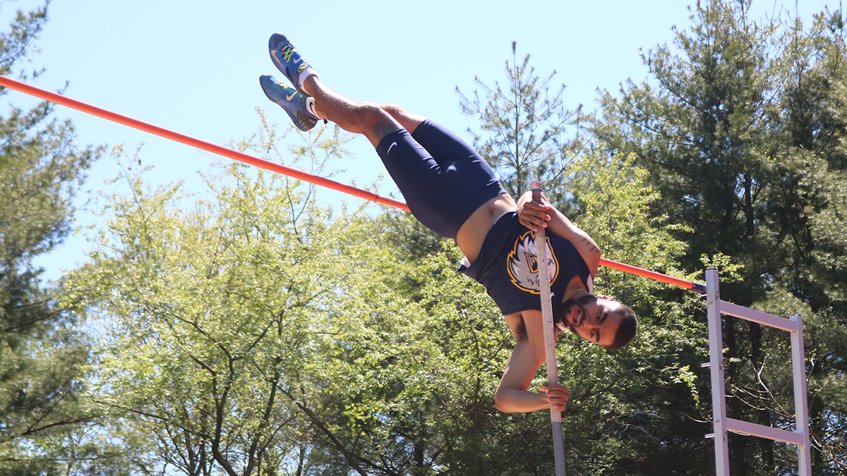 Track and Field Teams Get Season Started, Set High Standard