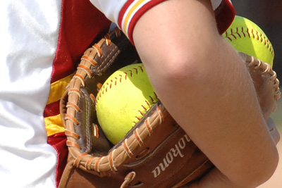 Softball team safe after bus accident