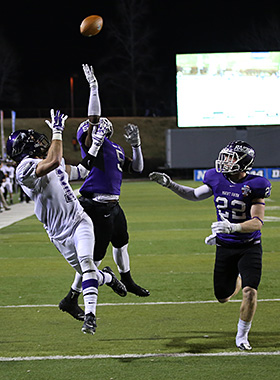 Jump ball in the Mount Union secondary