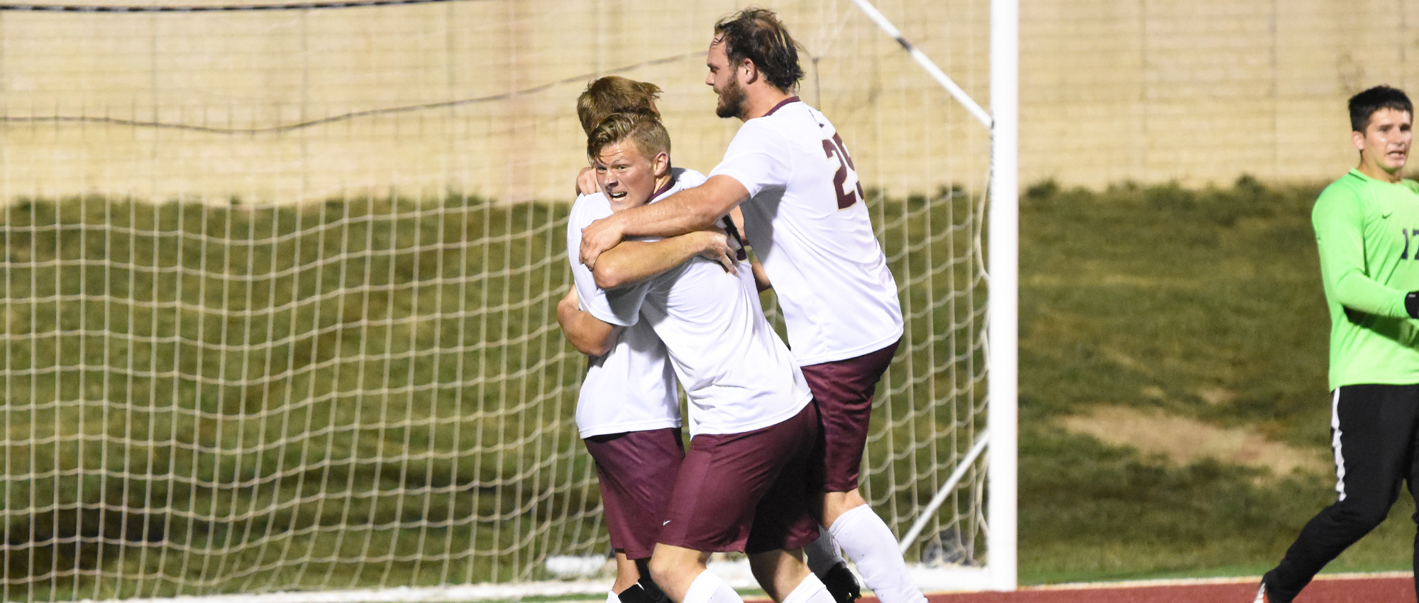 Red Devils Stifle Blackburn For Fifth Shutout, 2-0