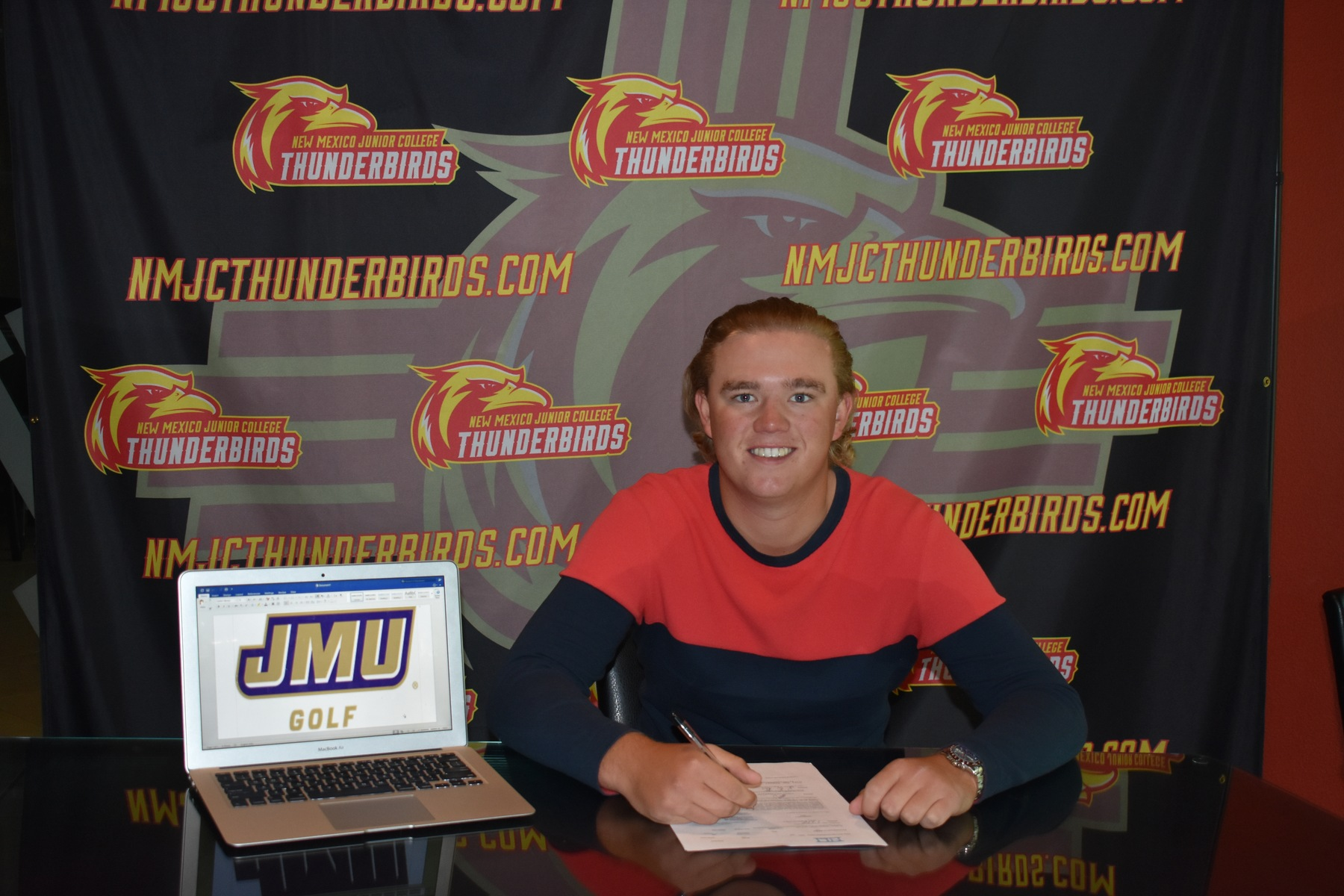 Cox Signs with James Madison University for the 2017-18 Season!!