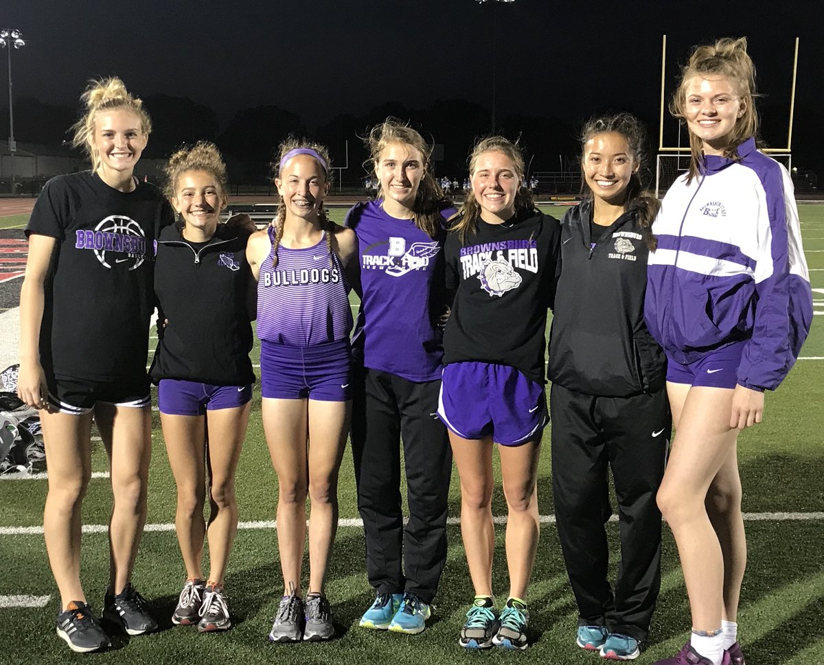 Seven Advance to State Meet