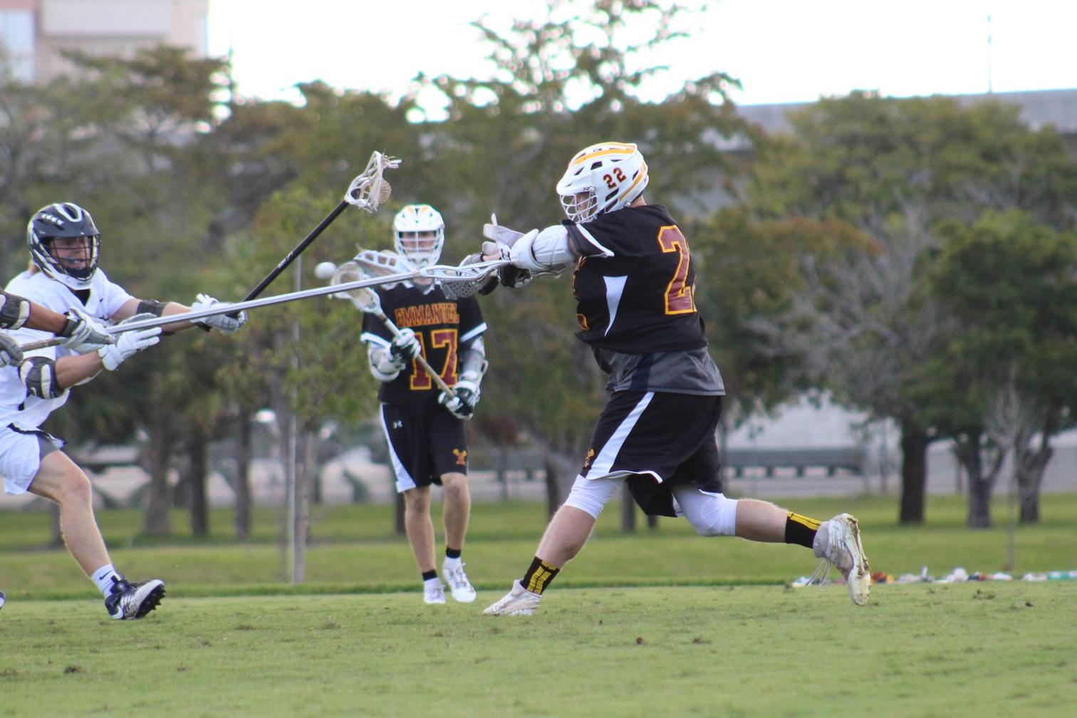 Lions Second Half Struggle Gives Sailfish 22-13 Win