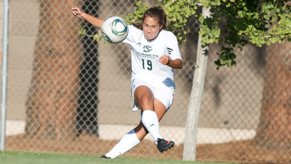 WOMEN'S SOCCER HEADS SOUTH LOOKING FOR A PAIR OF WINS