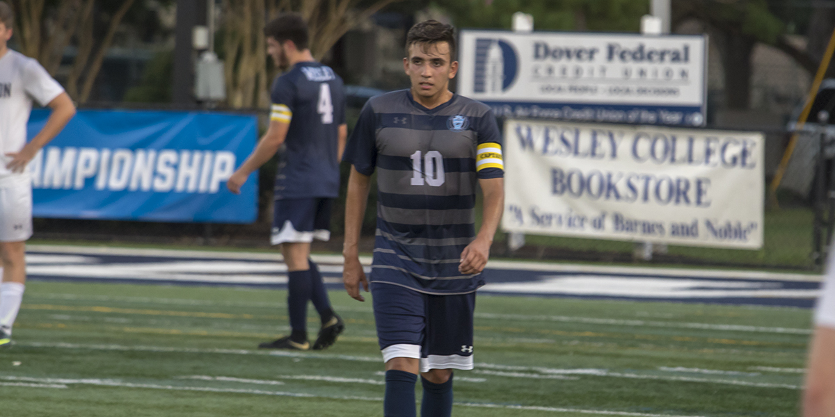 Cruz's game-winner pushes men's soccer over Immaculata, 1-0