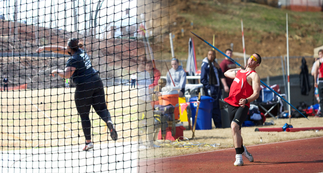 Hornets Throwers Steal Show at Doc Jopson