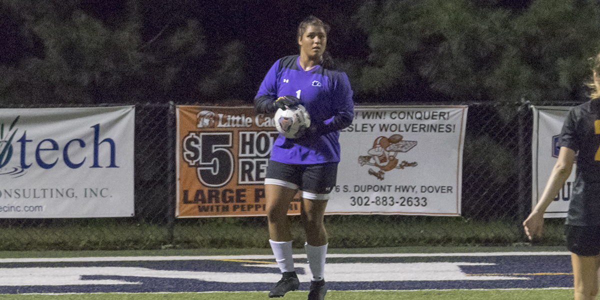 A first-half flurry propels women's soccer over Marywood, 3-1