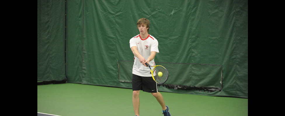 Men's Tennis Edged 5-4 by Penn State Behrend