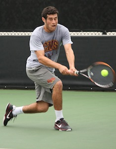 Men's Tennis Takes Two Against Trinity and Babson