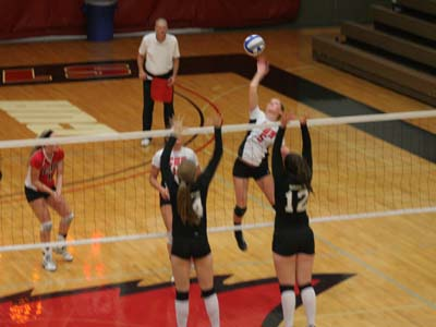 CUA moves onto semifinals with 3-1 win over Royals