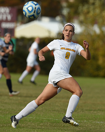 Sea Gulls soar past Royals, 9-0, on final day of Salisbury University Classic