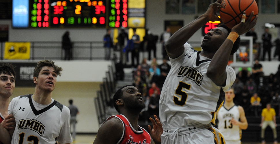 Road-Weary Men's Basketball Squad Falls at Binghamton, 66-57
