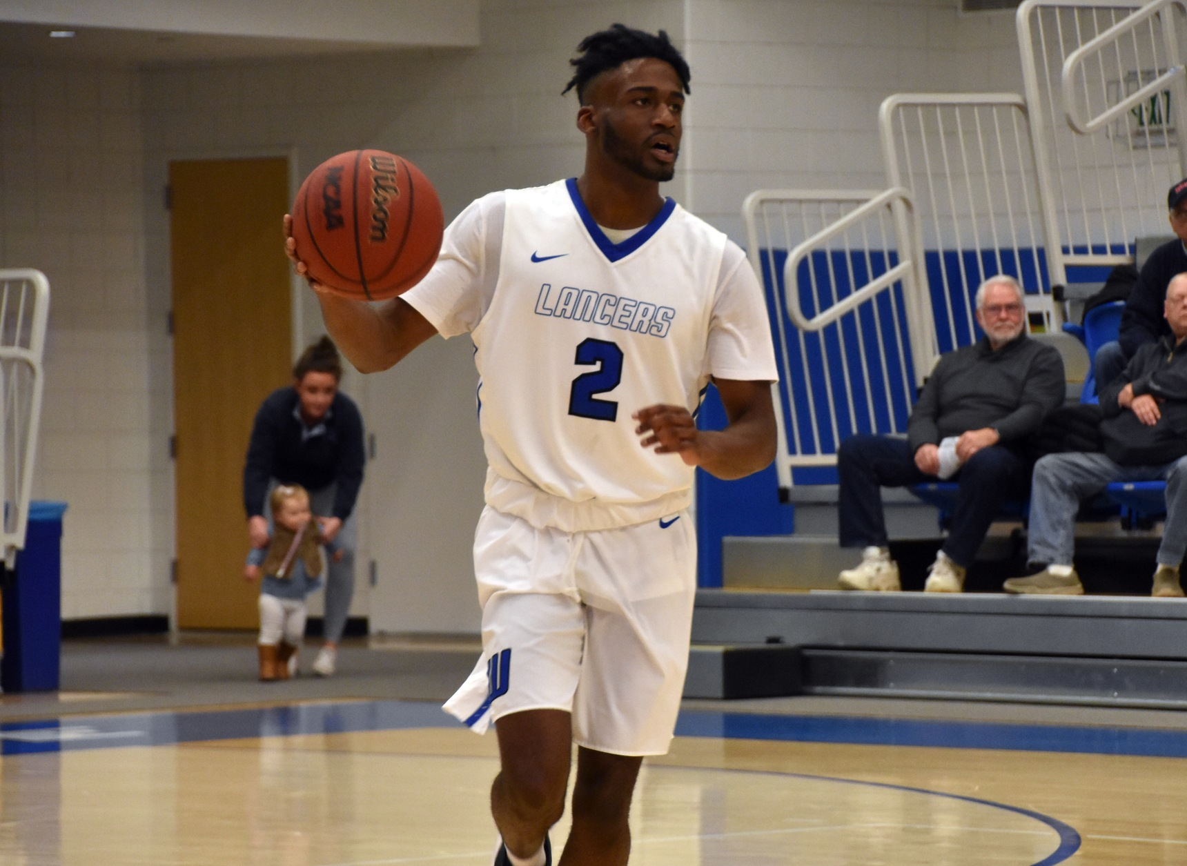 Men's Basketball Dominates MCLA to Punch Ticket to MASCAC Championship