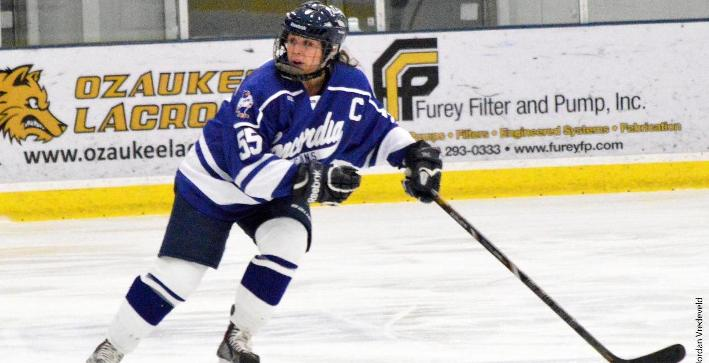 Women's Hockey falls to Hamline in non-conference action