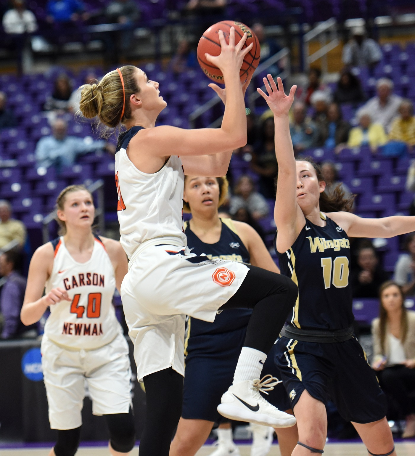 Clutch shots help #6 C-N survive Anderson in NCAA opening round