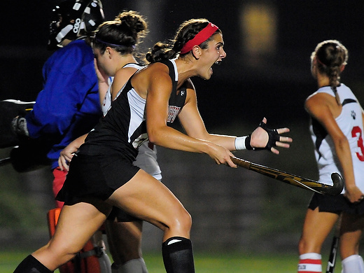 Early lead not able to hold up for field hockey