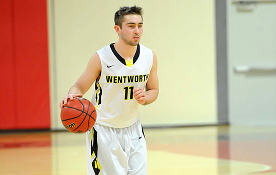 Men's Basketball Fends Off Late Endicott Charge