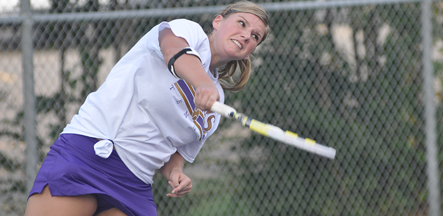 Women's Tennis Team Opens ASC Play With Dominating Win