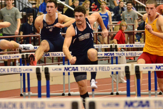 Men's Track Competes at Dragon Open