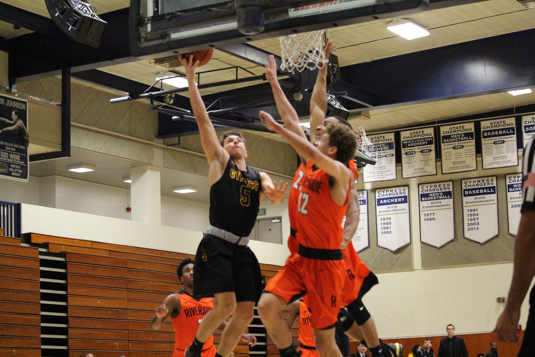 Chargers fall to Gauchos in OEC Opener
