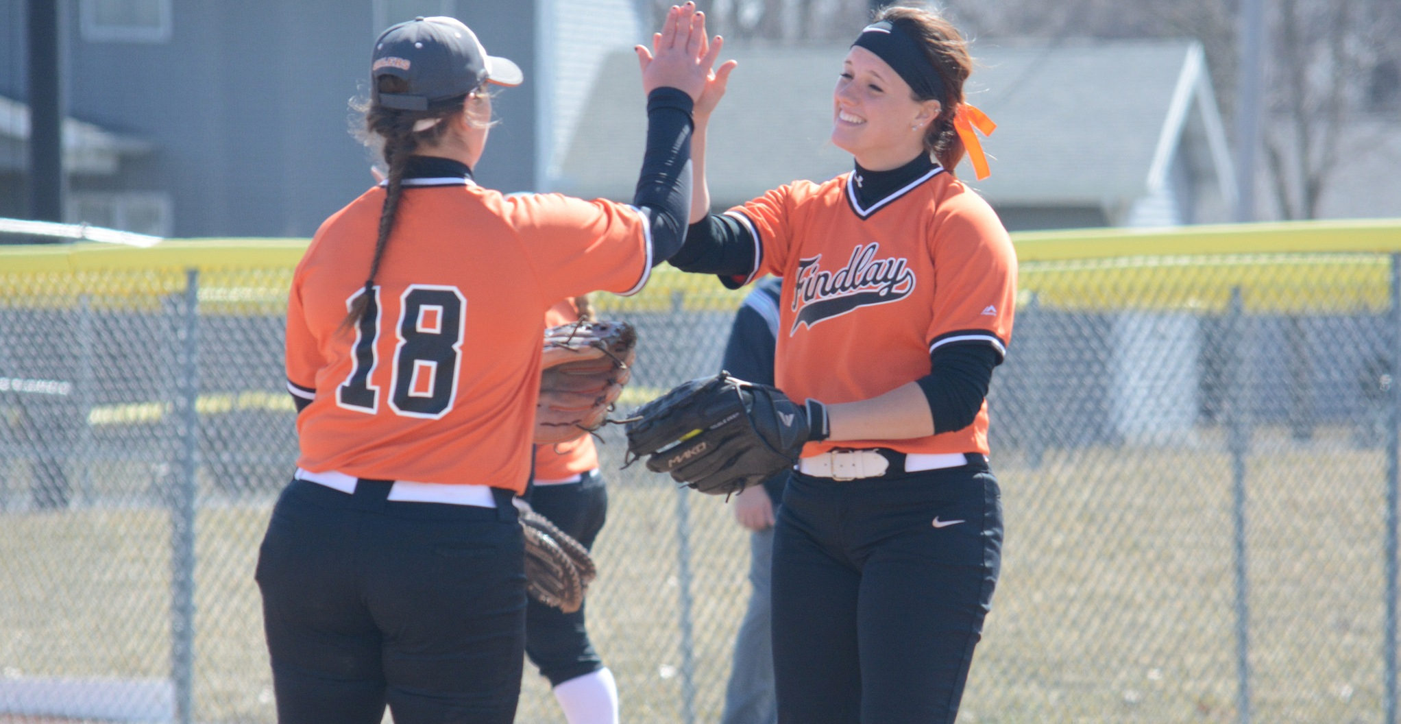Oilers Split G-MAC Matchup with Walsh