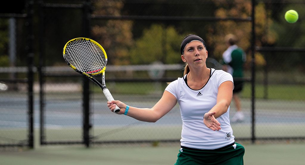 Women's Tennis Closes Out Regular Season At Milwaukee & Green Bay