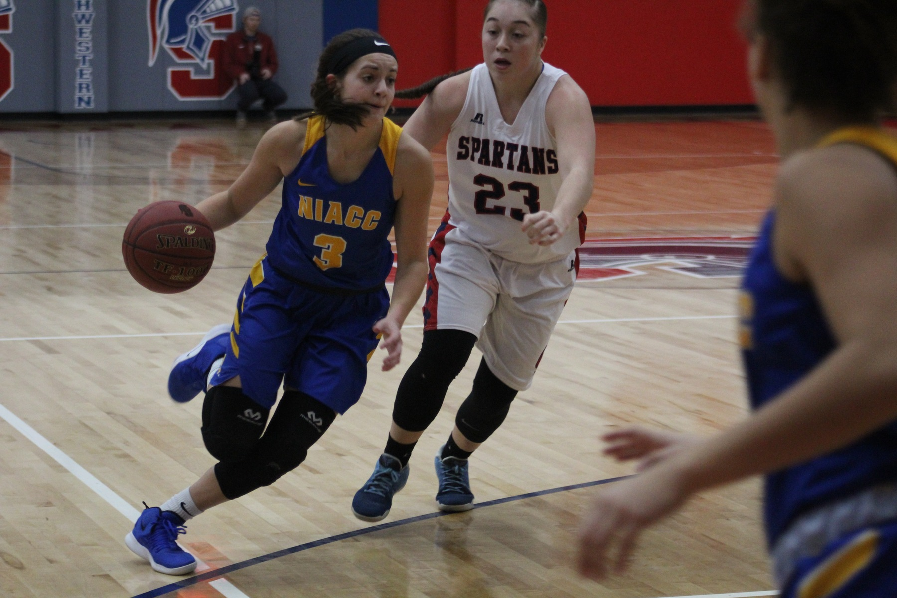 NIACC's Mandy Willems drives to the basket in Saturday's ICCAC contest against Southwestern.
