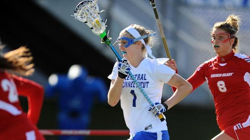 Women's Lacrosse Falls at Hofstra