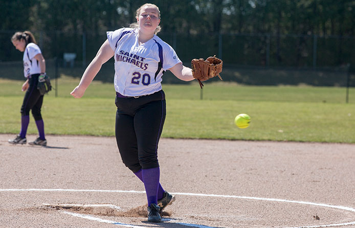 Softball loses 3-1 to Concordia-Saint Paul, 1-0 in eight innings to Indiana of Pennsylvania